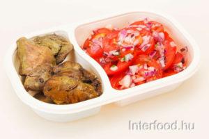 bazsalikomos-csirkemaj-paradicsomsalataval